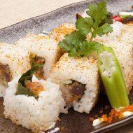 Cơm cuộn cá ngừ ngon