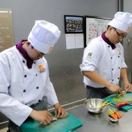 Học nấu món Âu học phí bao nhiêu?