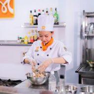 Học nghề đầu bếp chuyên nghiệp không cần thi đầu vào
