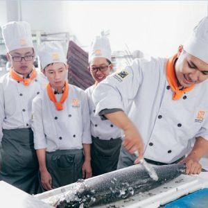nghề bếp dễ thăng tiến