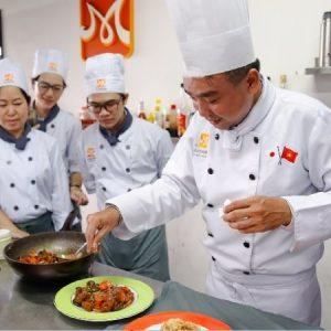 giảng viên dạy món nhật ở Hà Nội