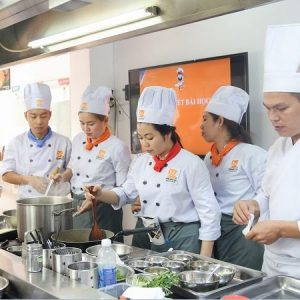 lớp học nấu ăn tại hocnauanedu