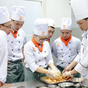 nghề bếp được nhiều bạn trẻ theo đuổi