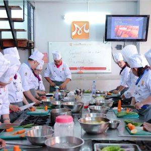 lớp học nấu món âu