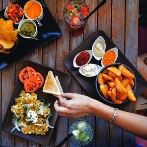các món ăn ngon thu hút khách